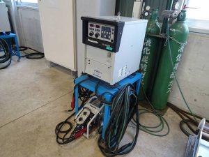 CO2半自動溶接機2